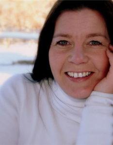 Veronica Samuelsen, portrettfoto av forfatter